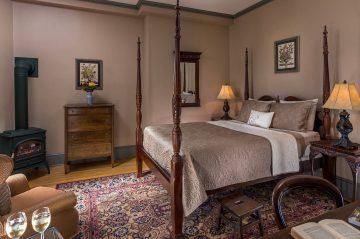 Lafayette Room 10