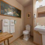 Room 27 bathroom