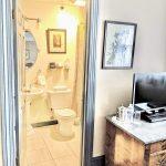 Room 32 Bathroom