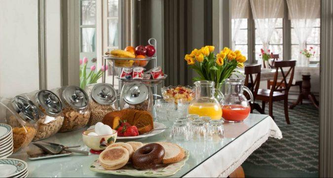 Lafayette Inn Breakfast